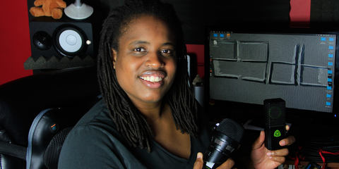 Fela Davis with LEWITT microphone in her studio