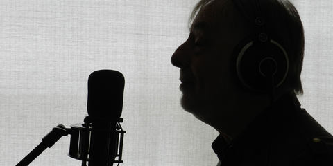 Elliott Randall uses the LCT 940 tube FET studio microphone