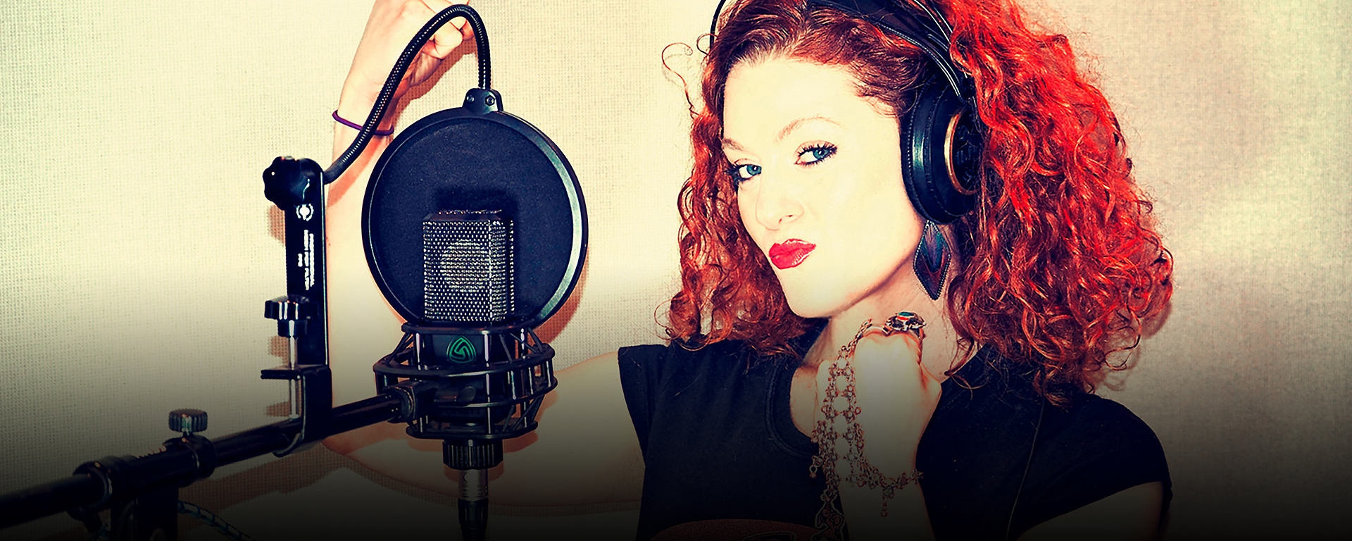 April Henry in studio with her LCT 550 reference condenser studio microphone