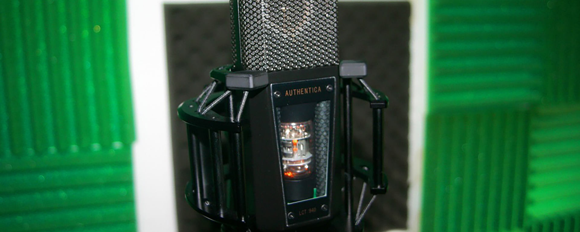 LCT 940 FET/tube studio microphone